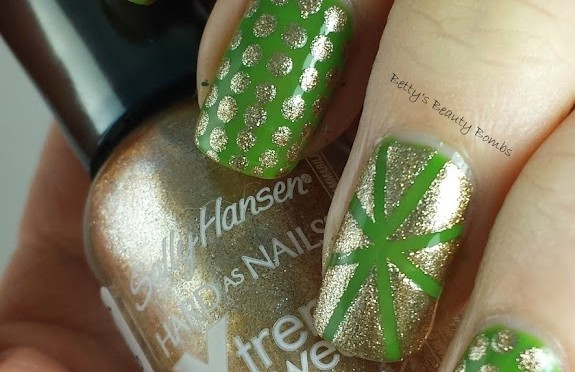 St. Patrick's Day Green and Gold Mani