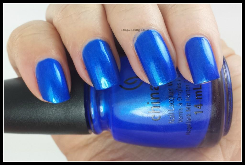 China-Glaze-Frostbite-Swatch