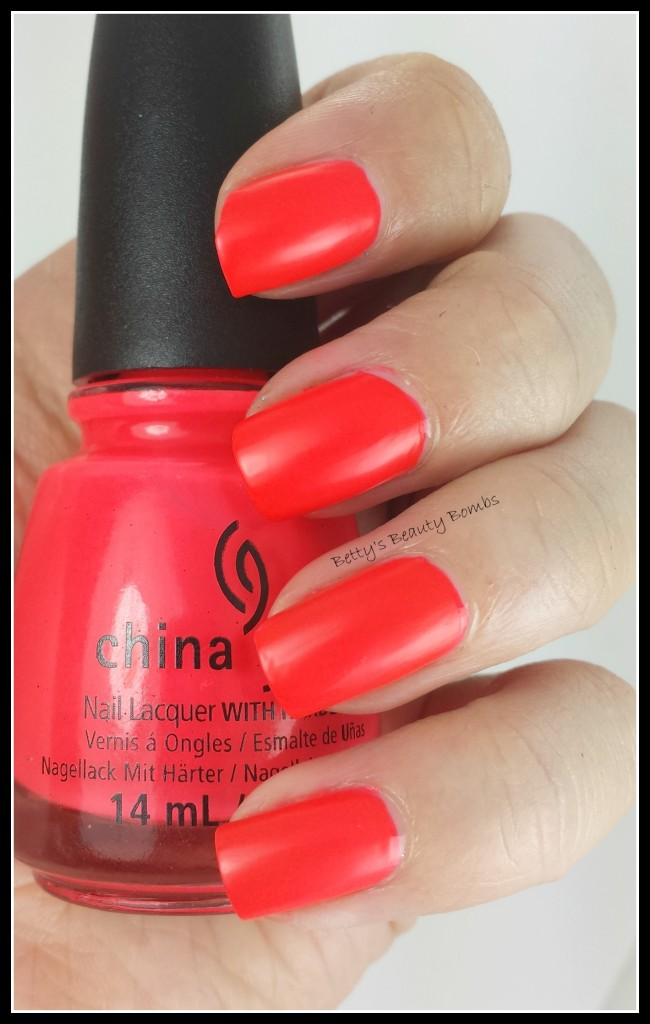 China-Glaze-Pool-Party-Swatch