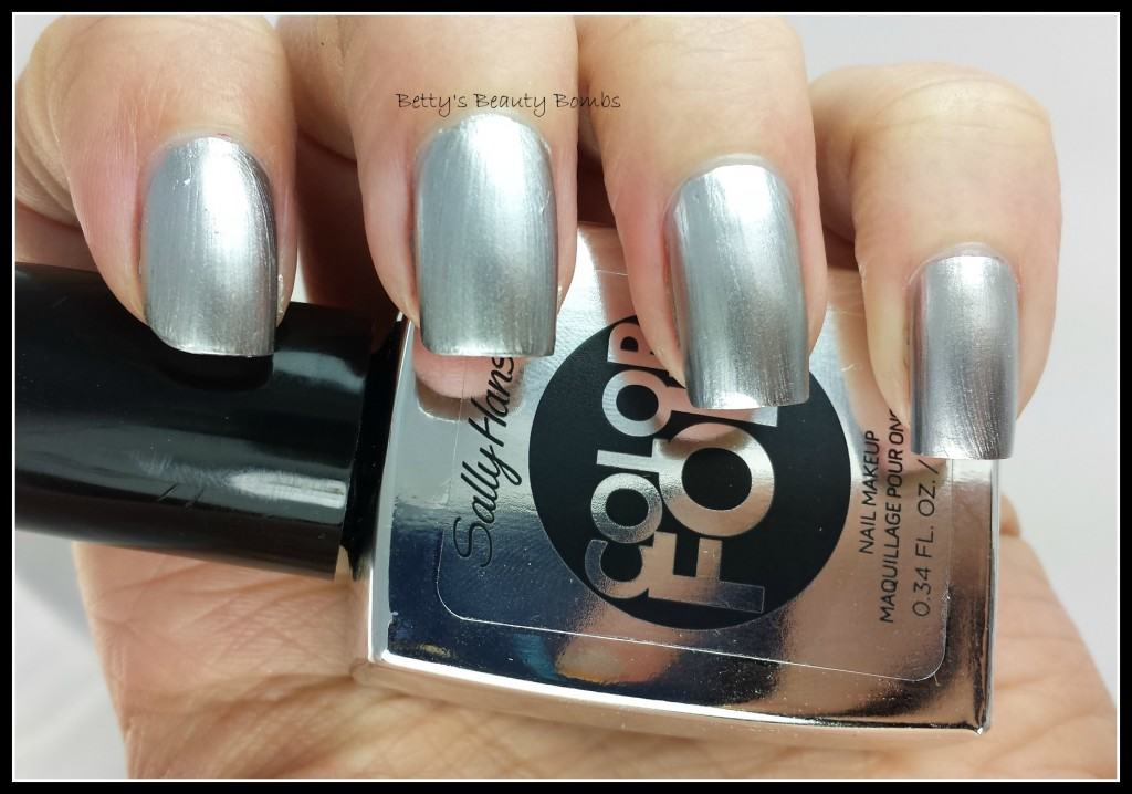 Chrome-Nail-Polish-Swatch