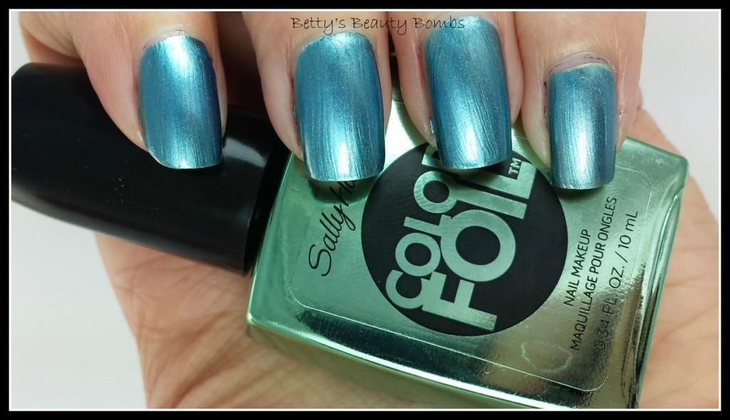 SAlly-Hansen-Color-Foil-Swatches