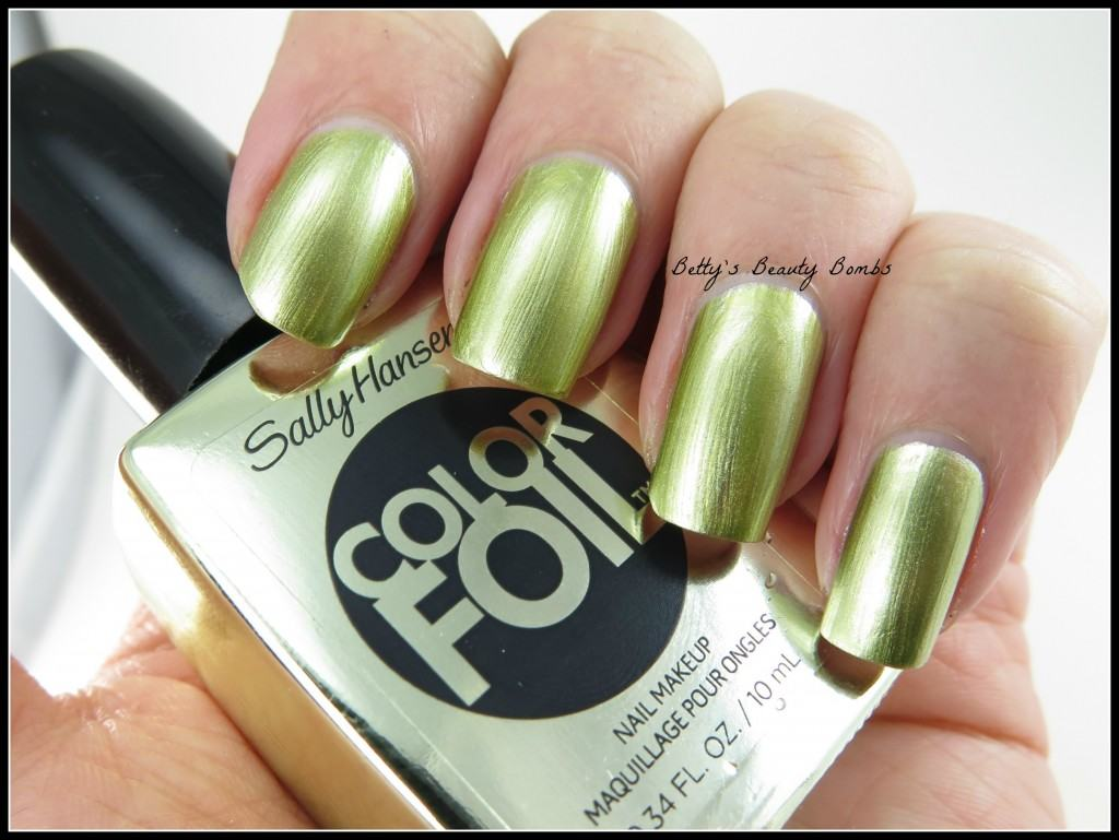 Sally-Hansen-Yellow-Gold