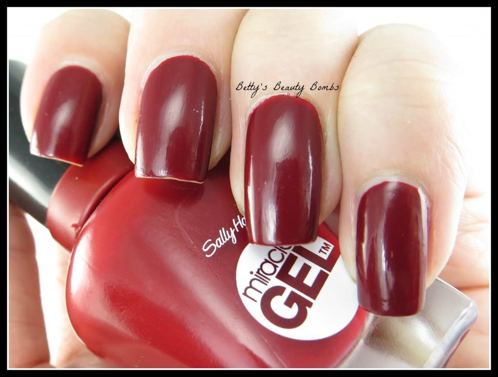 Sally-Hansen-New-Gel-Polish-Review