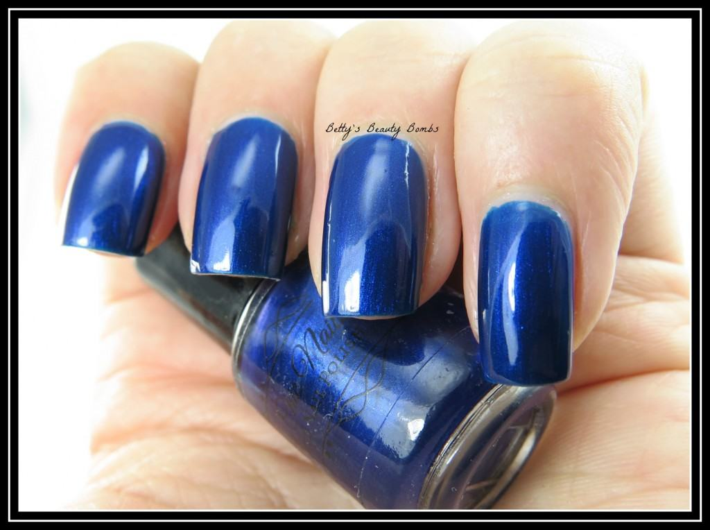 Amazing-Chic-Nails-School-Uniform-Swatch