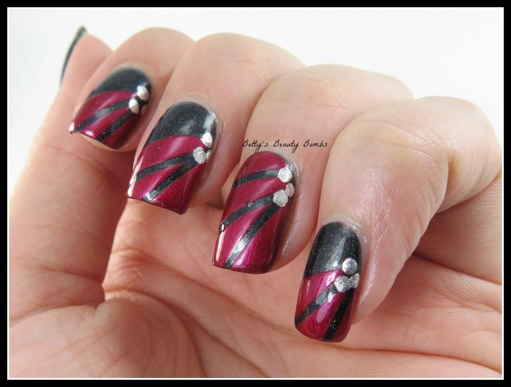 Black and Red Nail Art - Betty