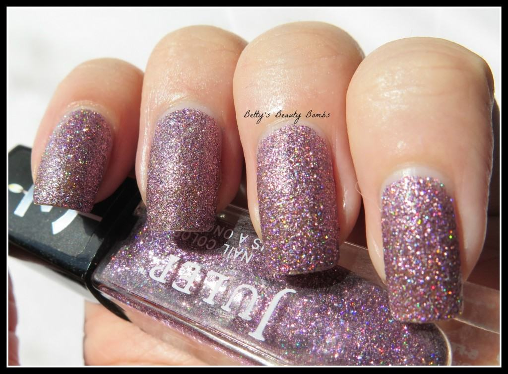 Julep-Queen-Anne-Swatch