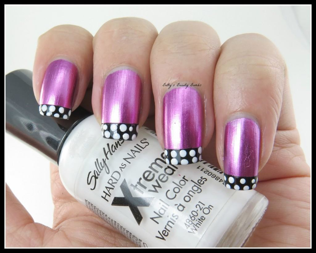 Polka-Dot-Tips-Nail-Art