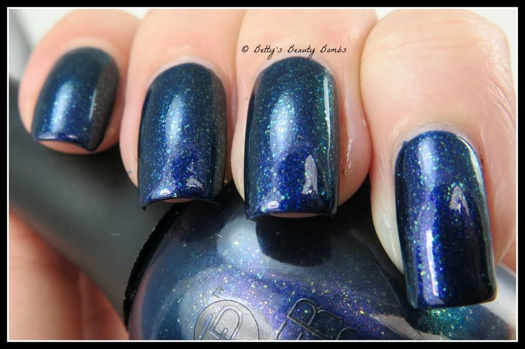 FingerPaints-Masquerade-Affair-Collection