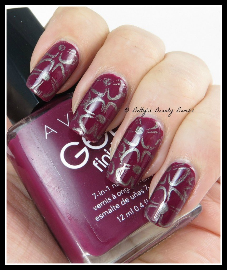 Metallic-Stamping-Nail-Art