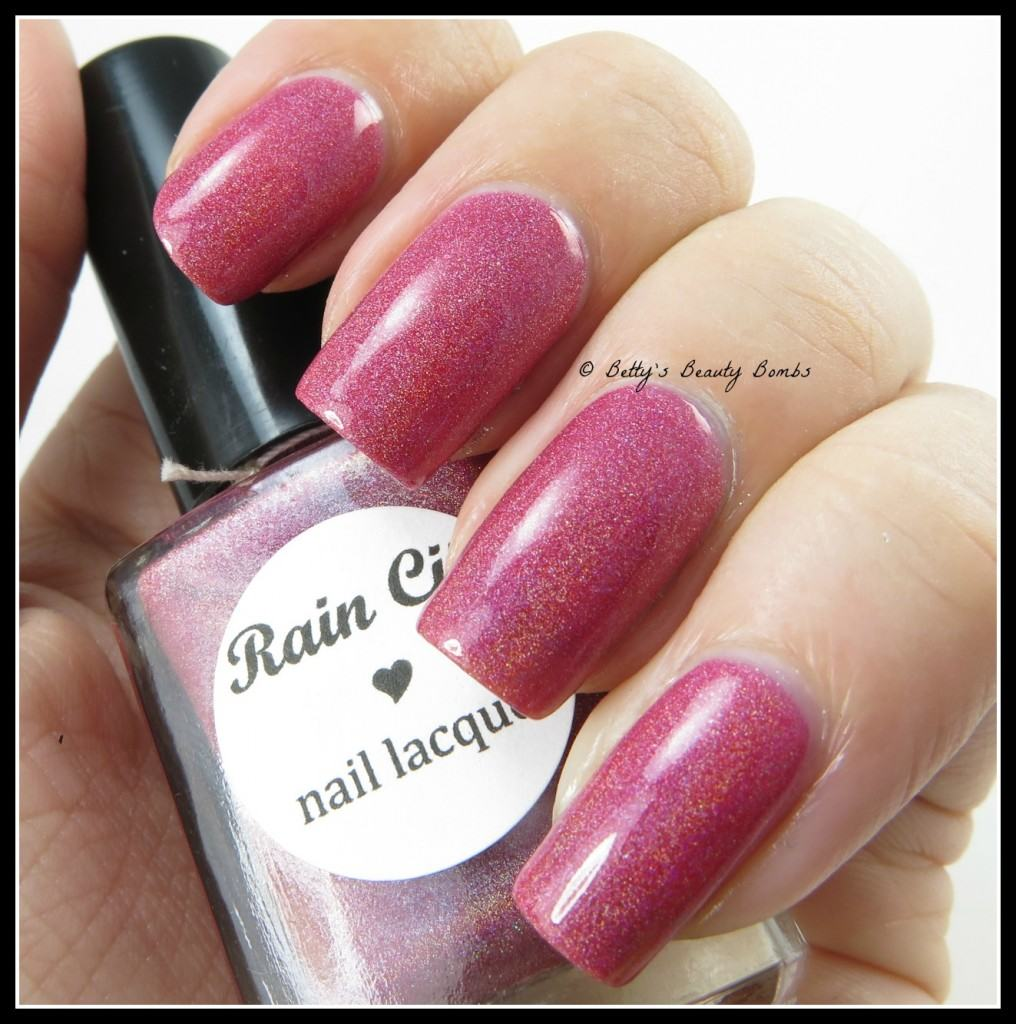 Rain-City-Nail-Lacquer-Heart-Warming