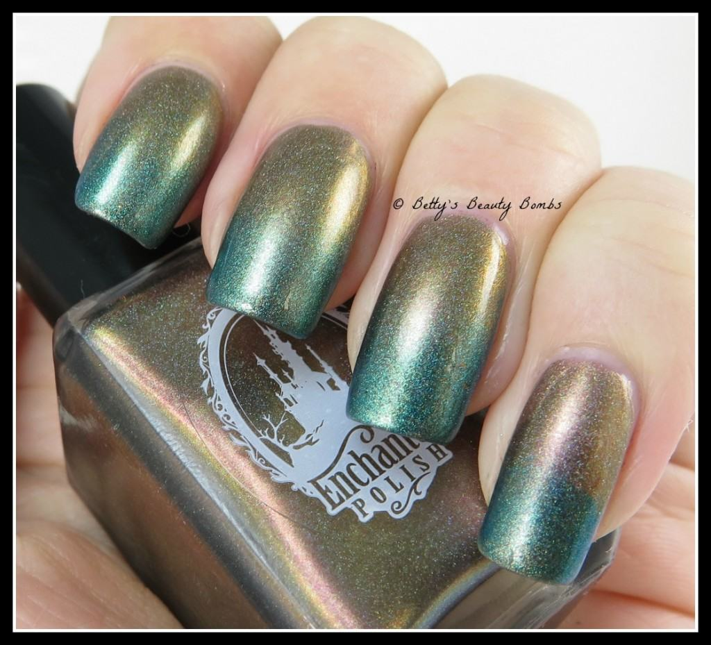 Teal-Gradient-Nail-art