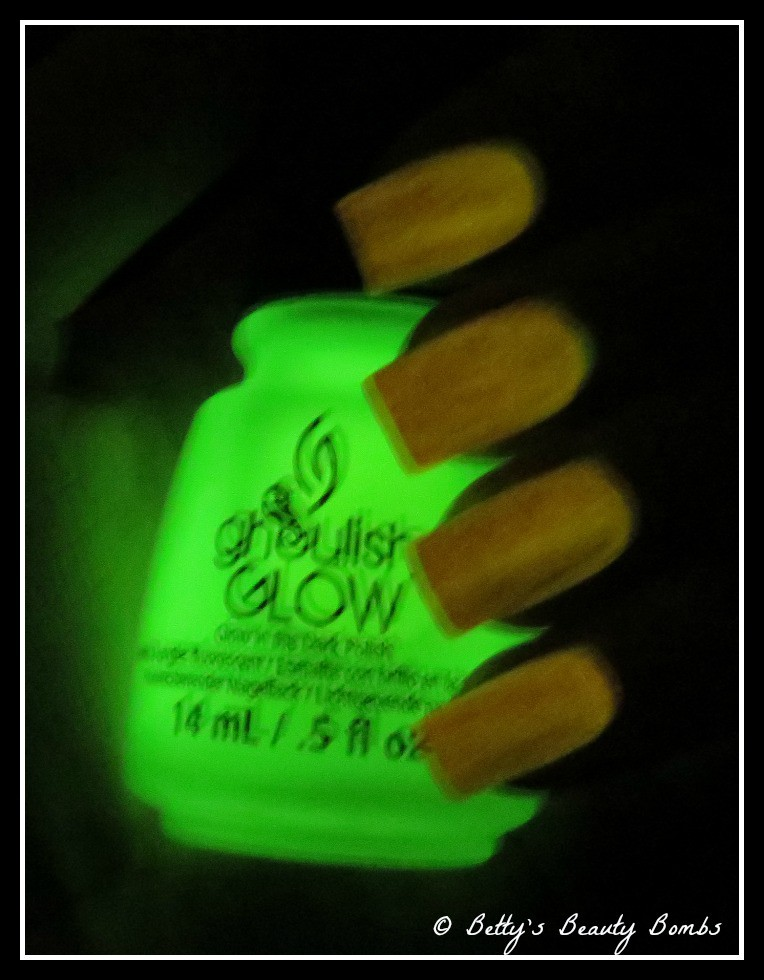 China-Glaze-Ghoulish-Glow-in-the-dark