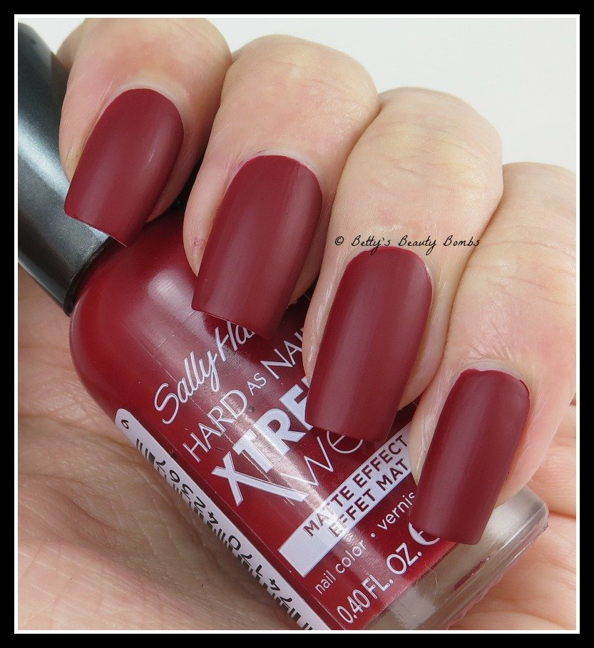 Sally-Hansen-Wax-Poetic