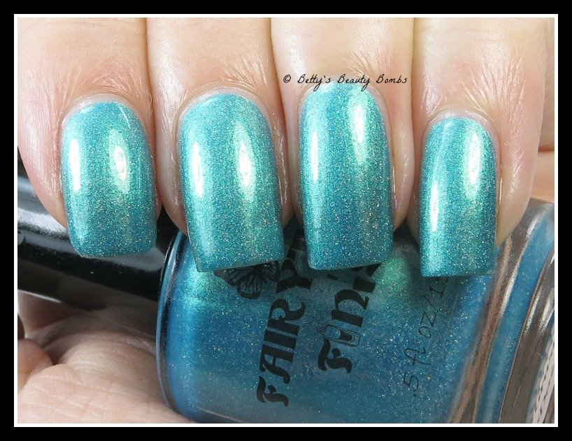 Fairytale-Finish-Blue-Hawaiian-Daiquiri-swatch