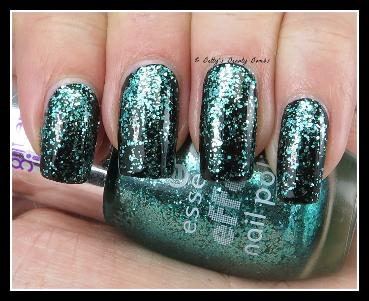 essence-party-in-a-bottle-glitter