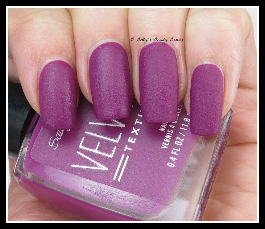 Sally-hansen-crushed-velvet-texture