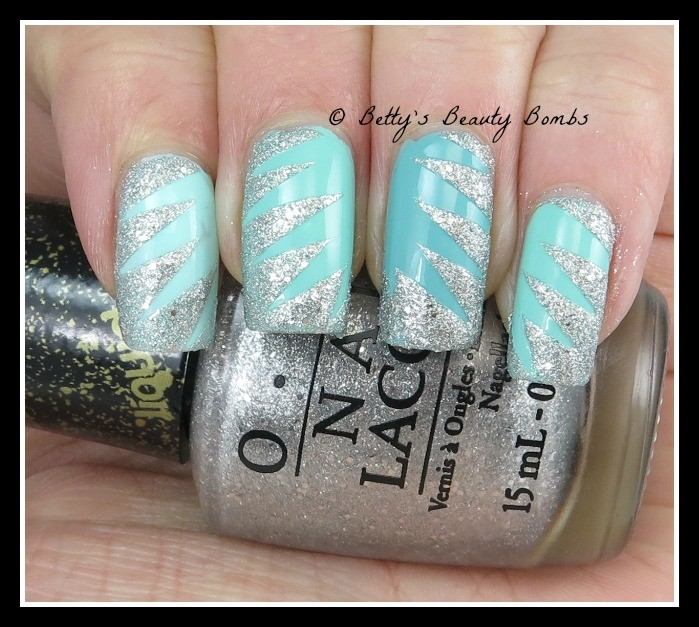 OPI-It's-Frosty-Outside