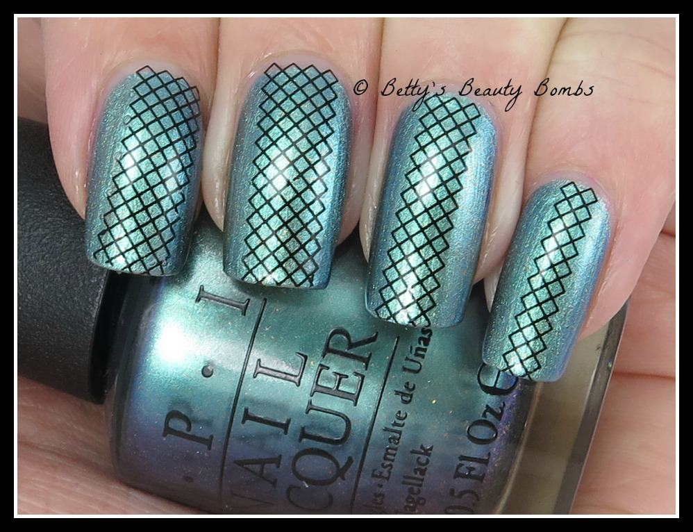 fish-net-nail-art-ideas