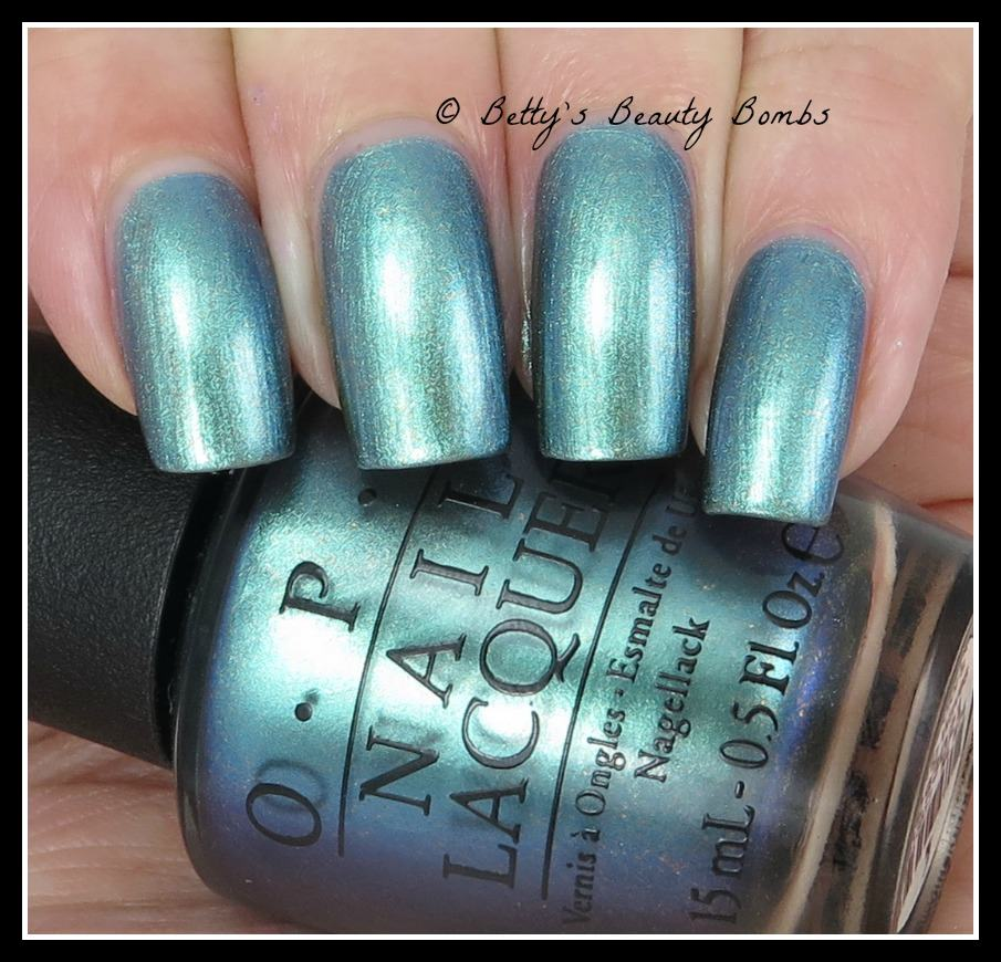 opi-this-color's-making-waves