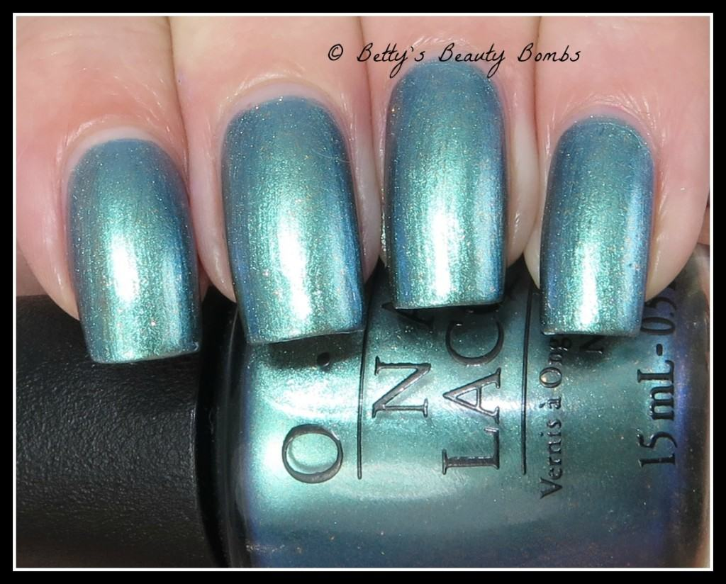 this-color's-making-waves-opi
