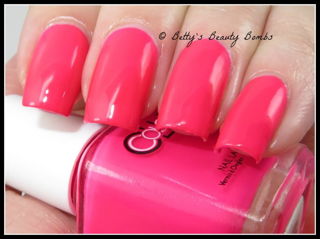color-club-sweet-getaway-swatch