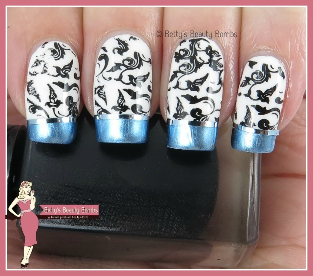 chrome-french-tips-nail-art