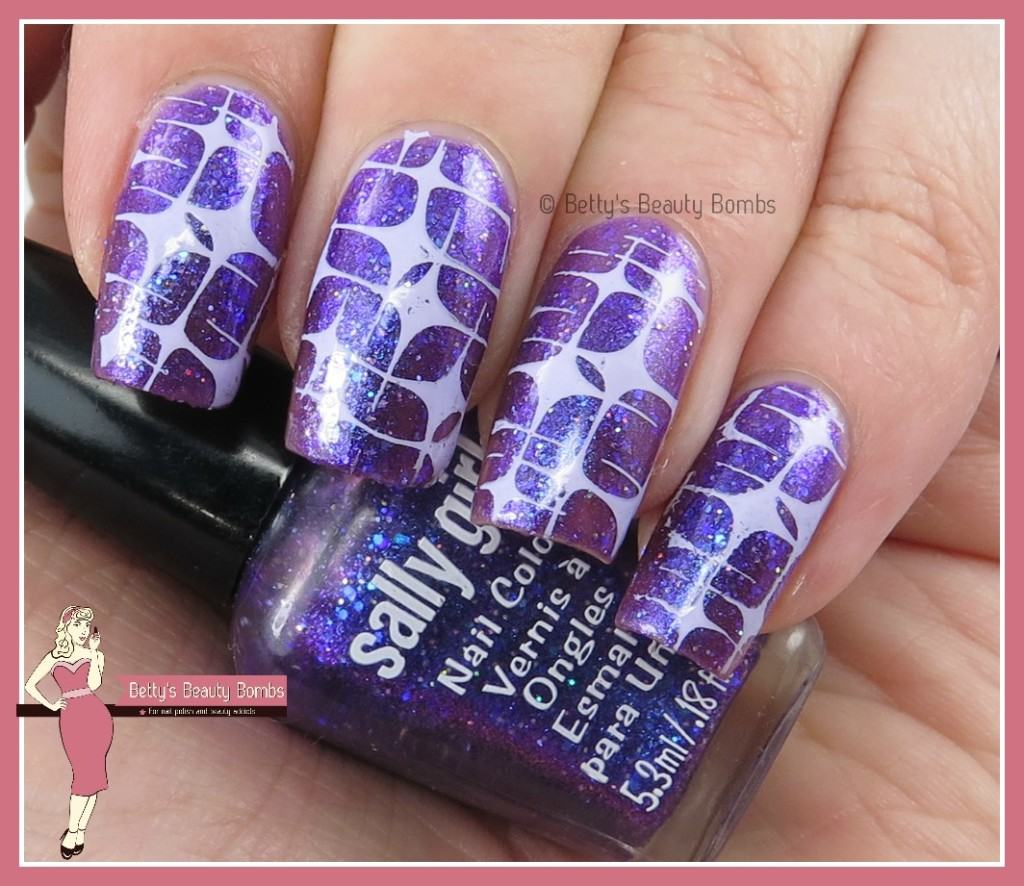 purple-stamping-nail-art