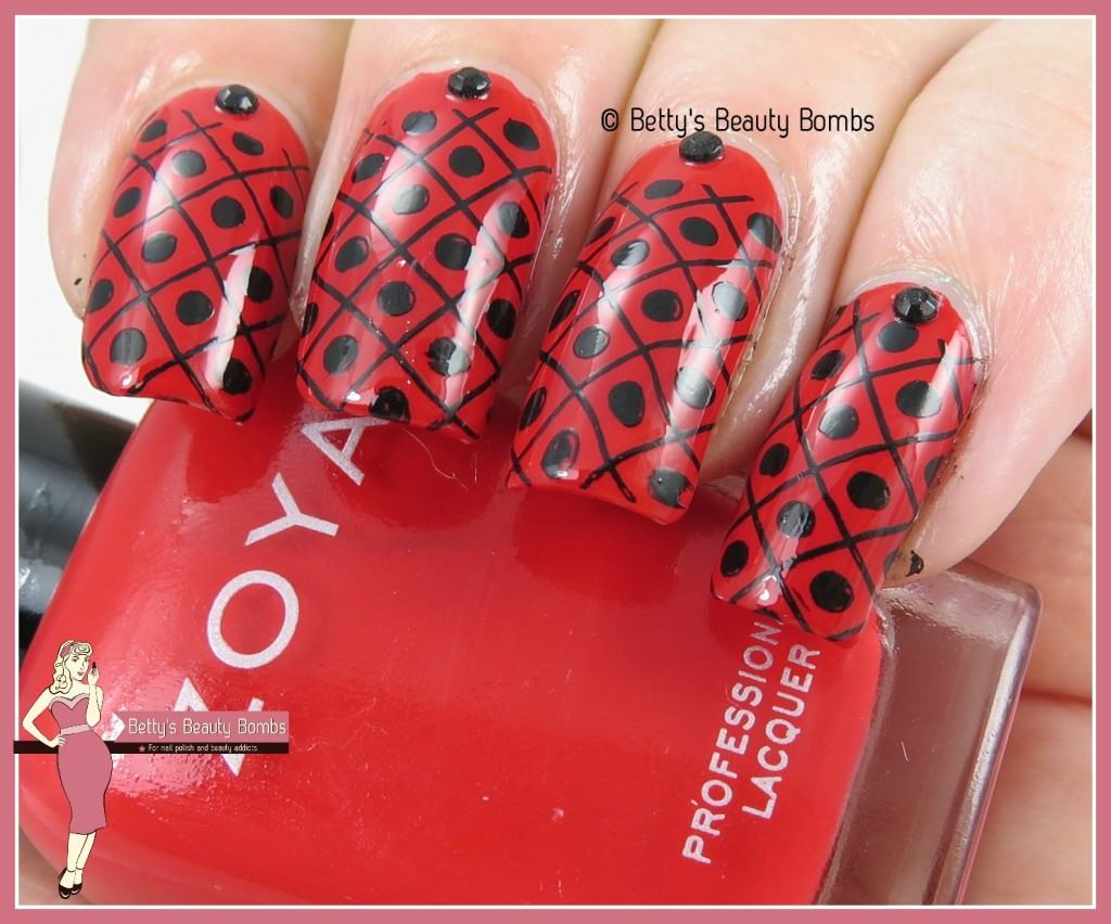 black-stamped-nail-art