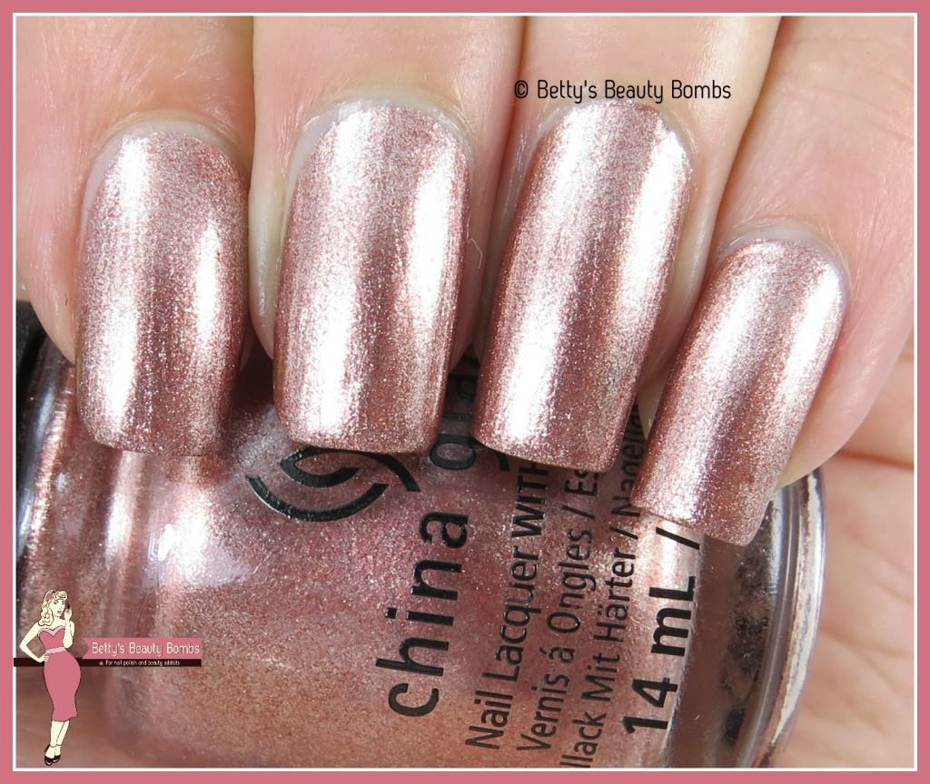 china-glaze-meet-me-in-the-mirage