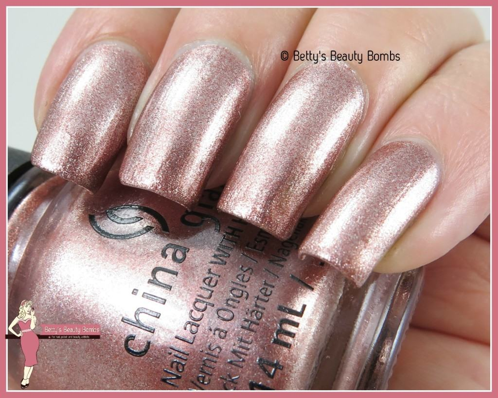 china-glaze-meet-me-in-the-mirage-swatch