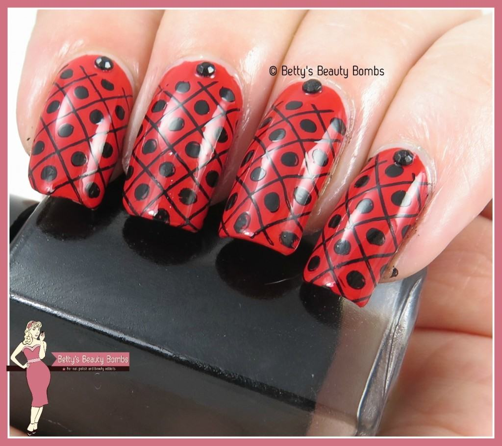 red-stamped-nail-art