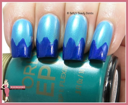 chevron-french-tips