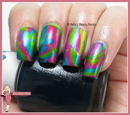 opi-color-paints-water-marble