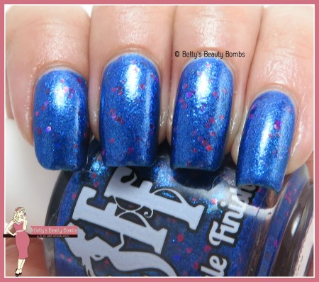 fairytale-finish-sweet-sapphire-sky-swatch