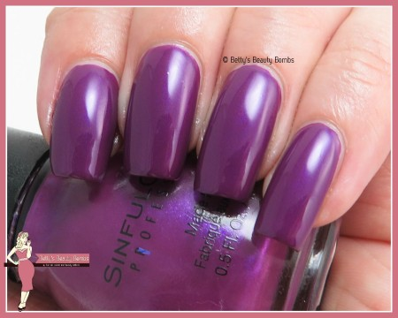 sinfulcolors-fig-swatch