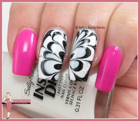 black-and-white-watermarble