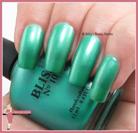 bliss-no-10-isle-of-dreams-swatch