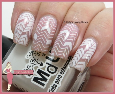 it-girl-nail-art-ig102