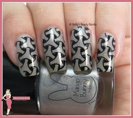 mbp-storms-ahead-nail-art