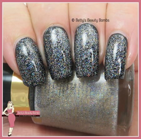 revlon-holographic-pearls