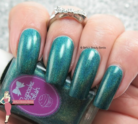 cupcake-polish-re-vamped-swatch