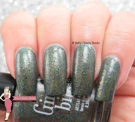 girly-bits-abracapocus-swatch