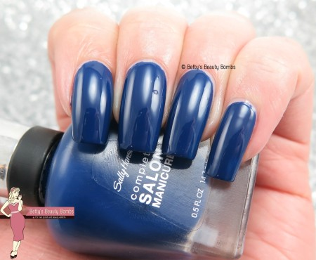 sally-hansen-midnight-affair