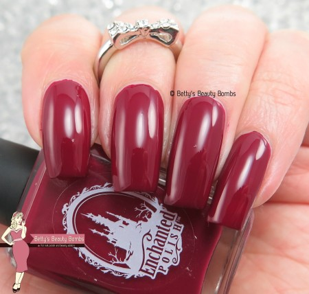 enchanted-polish-candy-apple