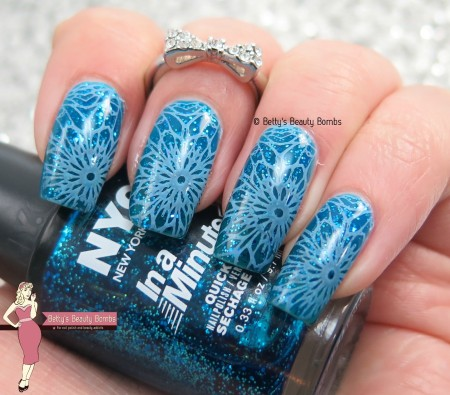 blue-on-blue-nail-art