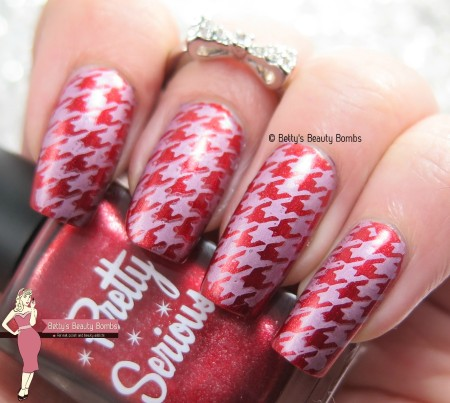 houndstooth-stamping-nail-art