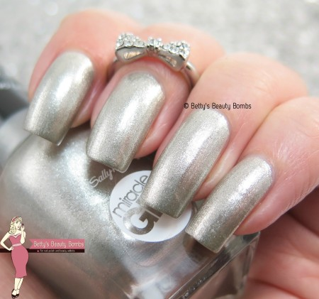 sally-hansen-buffalo-nickel