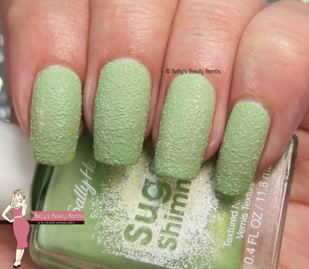sally-hansen-mint-tin-swatch