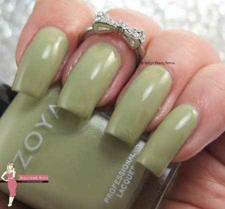 zoya-ireland-swatch