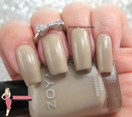 zoya-misty-swatch